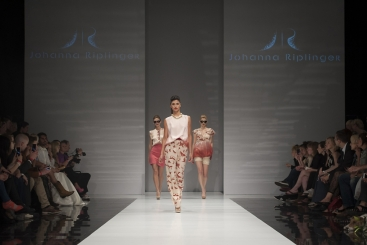 Johanna_Riplinger_ FashionShow_SS1412