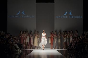 Johanna_Riplinger_ FashionShow_SS1427